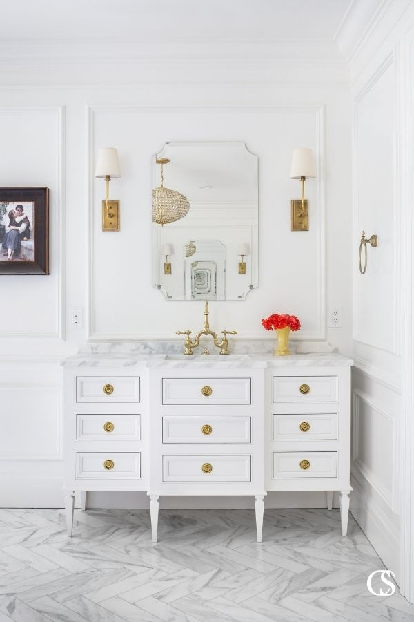 Ever wonder if your bathroom cabinet design ideas are too far fetched? With the right cabinet designer and builder, nothing is impossible!