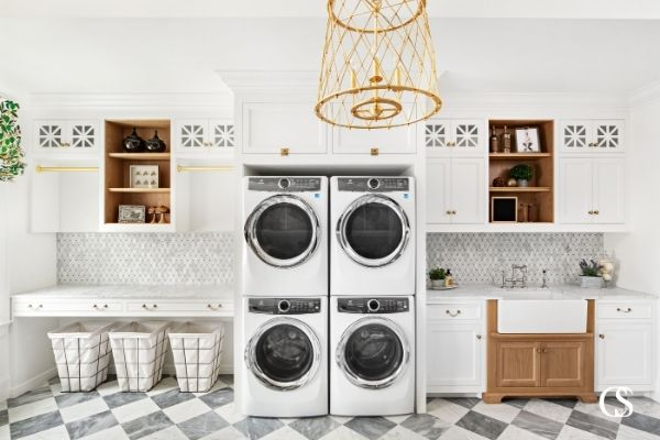 There is no reason to keep your personality out of the laundry room. These are some of the best cabinets for adding some pizzazz to the task, and keep it in harmony with the rest of the home's cabinetry design.