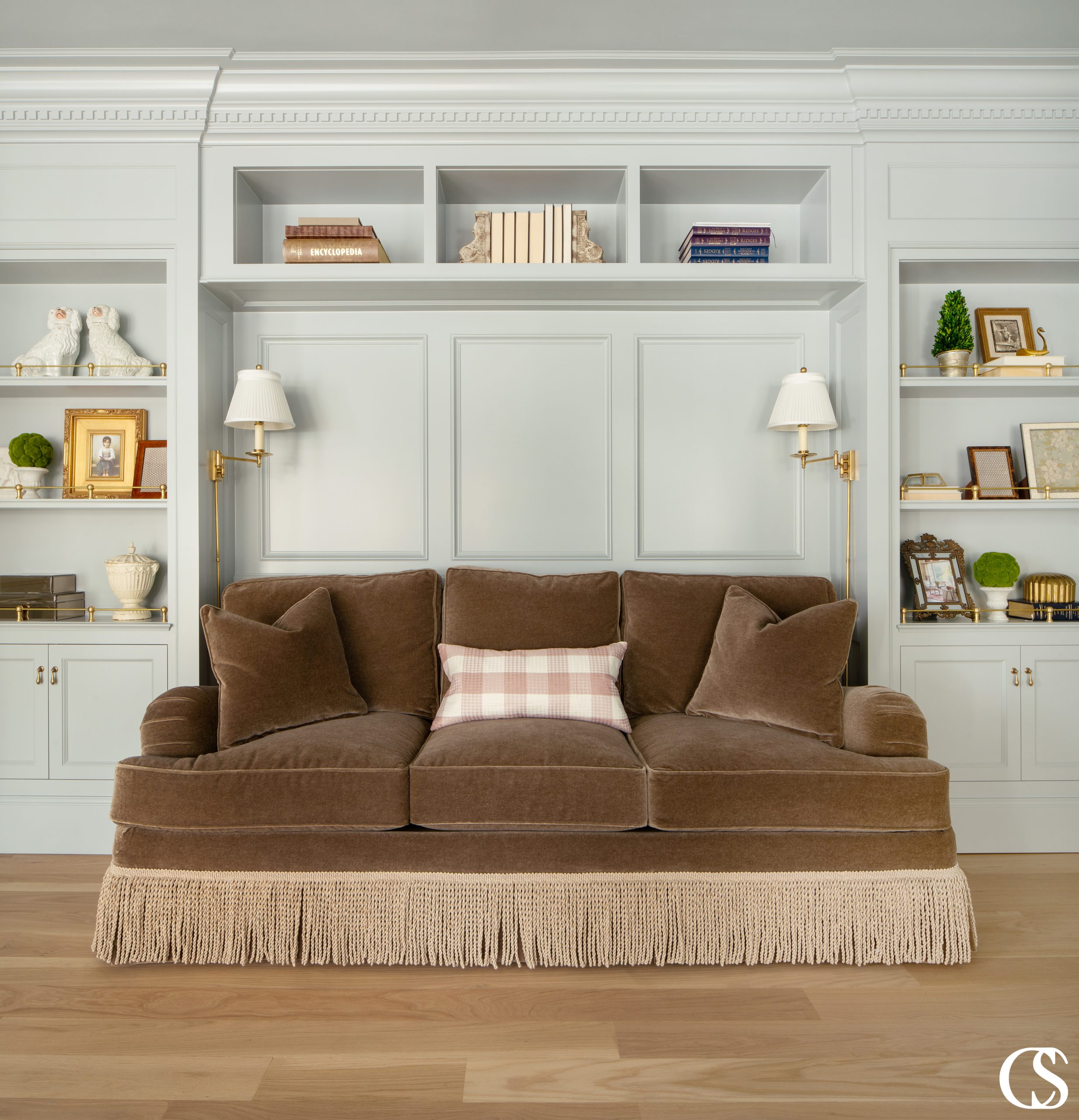 What style makes you feel at home? The best custom built-ins should be able to add to the aesthetic, comfort, function, and value of your home.