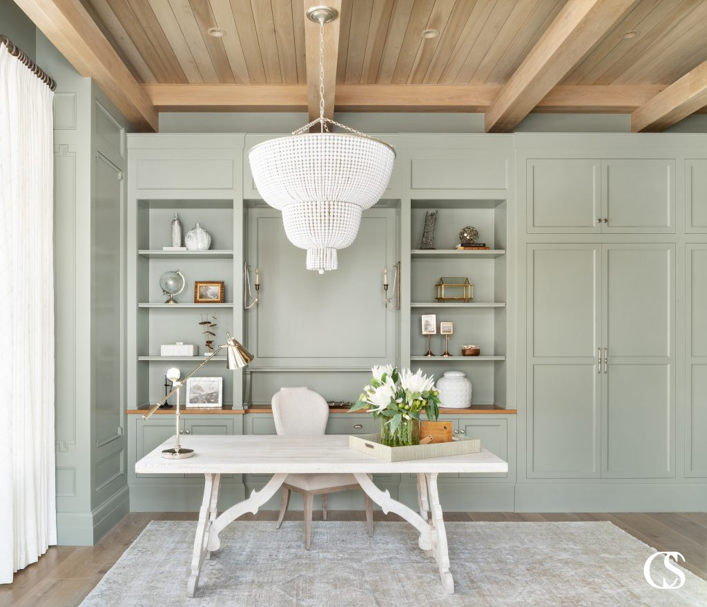 Why go white for your built-in custom bookshelves when you have an entire spectrum of green paint colors at your fingertips? Find our best green paints on the blog at ChristopherScottCabinetry.com!
