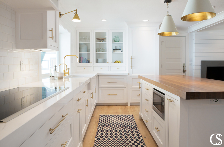 Custom kitchen cabinet design comes in every shape and size—each as unique as the people living in the home. What would your dream kitchen look like?